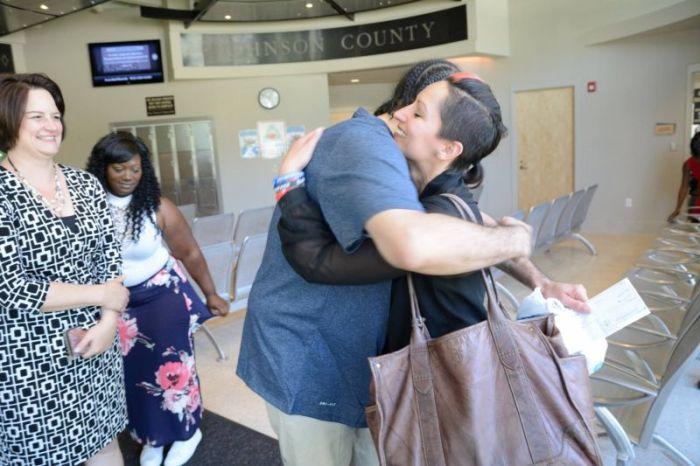 Американец Ричард Джонс провел 17 лет в тюрьме из-за преступления, совершенного его двойником (5 фото)