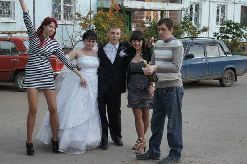 прикольные фото со свадьбы из российской глубинки шаговой доступности есть