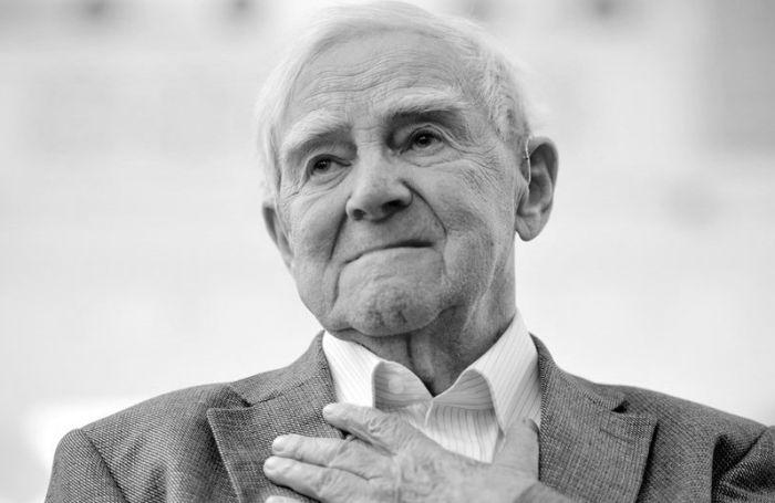 На 99 году жизни умер писатель и ветеран Даниил Гранин