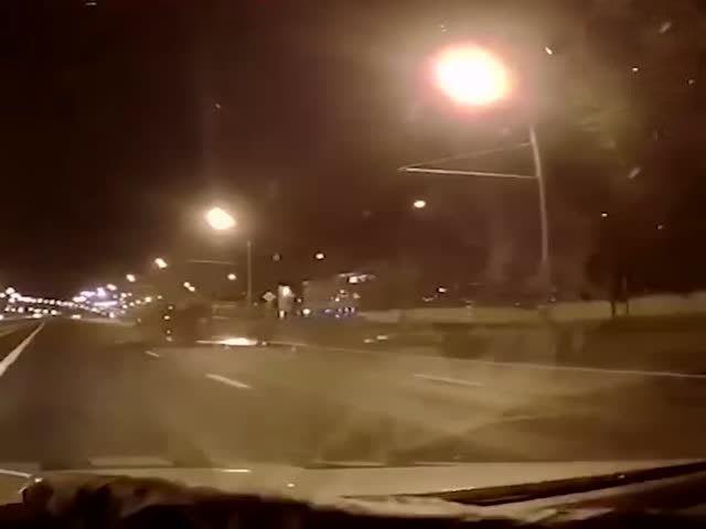Водитель грузовика не справился с управлением