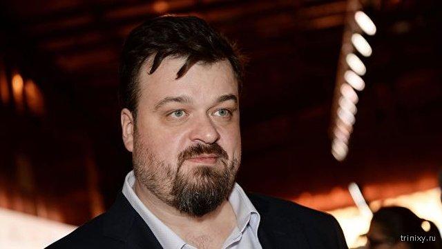 Сегодня ночью в Москве напали на комментатора Василия Уткина