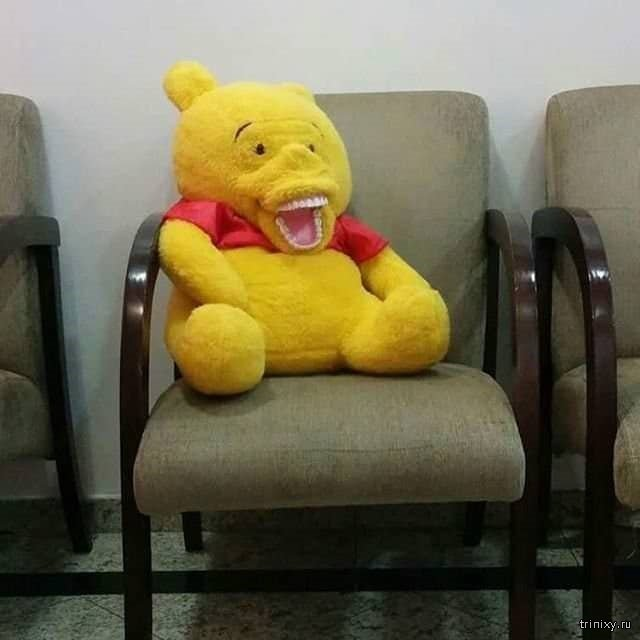Новая фобия. Подборка жутковатых игрушек в кабинетах детской стоматологии (18 фото)