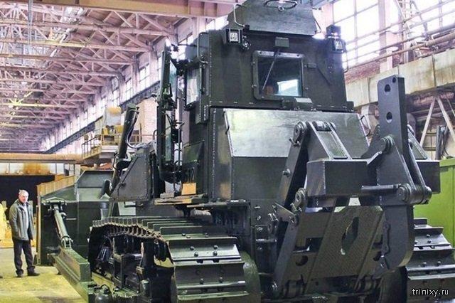 В Челябинске построят первый боевой трактор (2 фото)