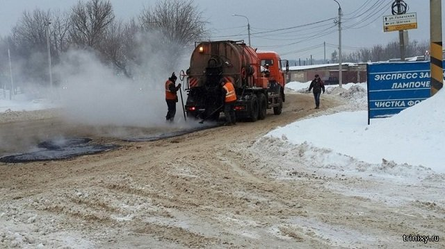 В России собираются официально разрешить укладывать дороги при непогоде