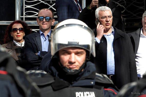Двух россиян осудили за подготовку госпереворота в Черногории