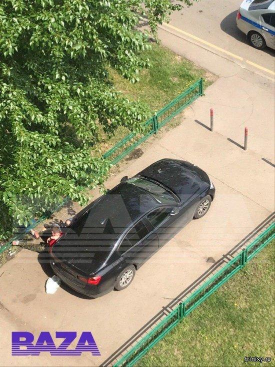 Александр Емельяненко был задержан в Москве за распитие алкоголя в общественном месте (2 фото)