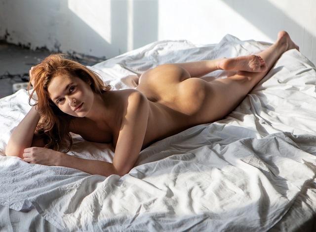 """Госслужащая из Тюмени Анна Ануфриева будет бороться за титул """"девушка года"""" в Playboy (8 фото)"""
