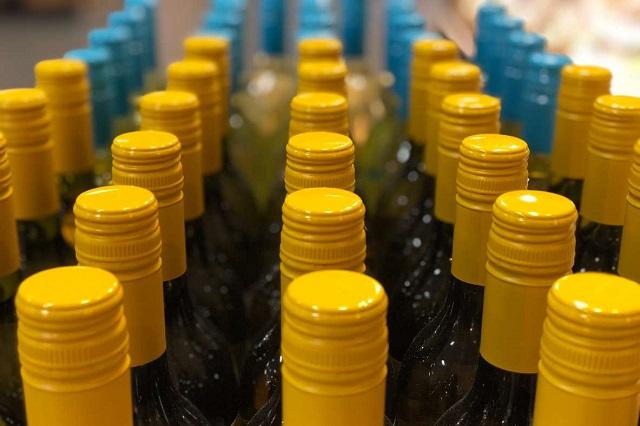 В России хотят ввести запрет на продажу алкоголя лицам до 21 года