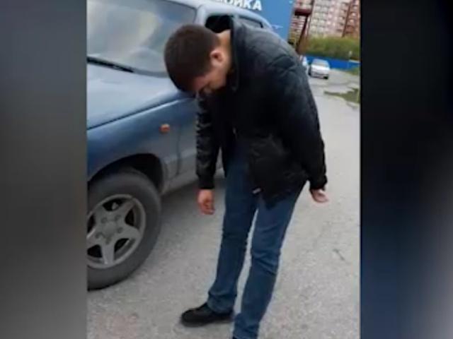 """Омский водитель впал в транс у своего авто и устроил """"вынос мозга"""" полицейским"""
