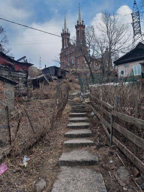 Колорит городских окраин (26 фото)