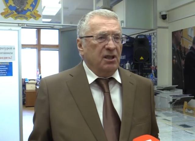 Владимир Жириновский: здание Государственной думы нужно снести и поставить здесь шикарный отель