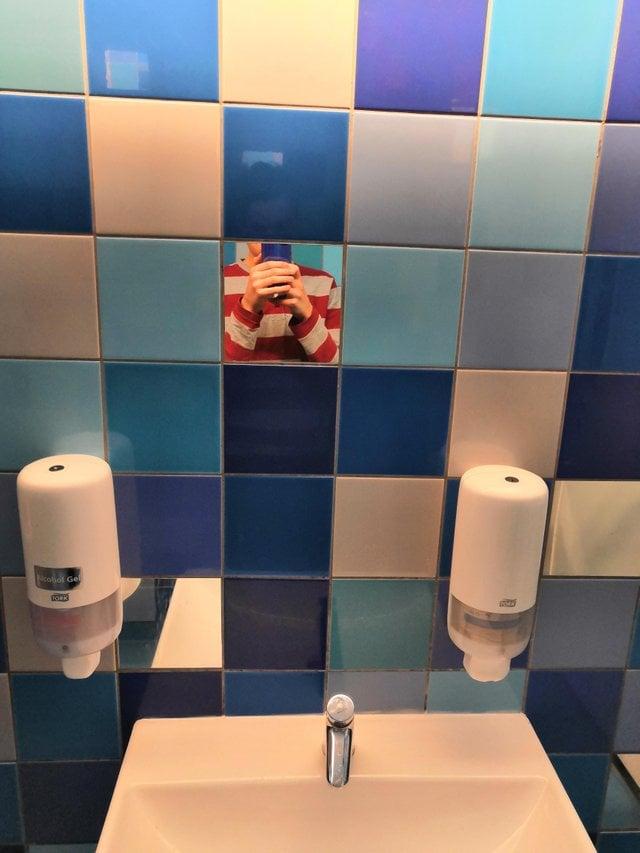 Селфи в ванной, которые мы заслужили (20 фото)