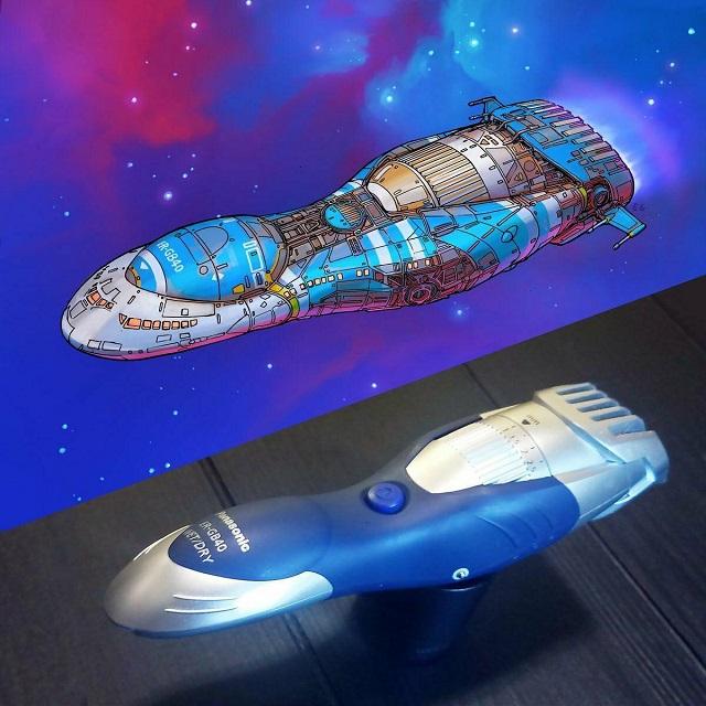 Программист из США рисует космические корабли, вдохновляясь бытовыми предметами (10 фото)