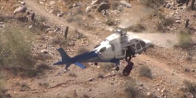 Старушка травмировалась во время горного похода и на ее спасение вылетел вертолет, но что-то пошло не так...