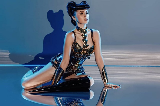 Виктория Модеста - модель без ноги, которая достигла успеха и вдохновила девушек заниматься модельным бизнесом (9 фото)