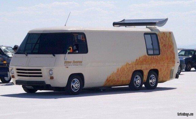 """GMC Transmode 1976 года - """"Самый быстрый в мире автодом""""  (5 фото)"""