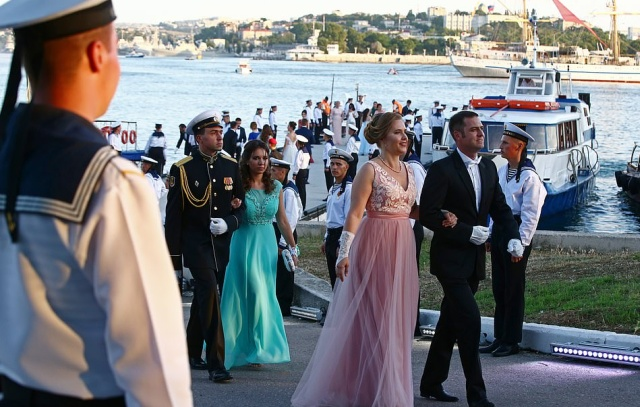Иностранцы восхитились красотой русских девушек (20 фото)