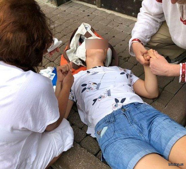 В Бурятии доктор смог спасти умирающую девочку по видеосвязи (2 фото)