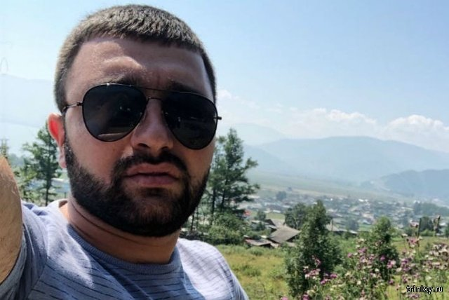 Мир не без добрых людей. Азербайджанец вернул россиянину потерянный миллион рублей (5 фото)
