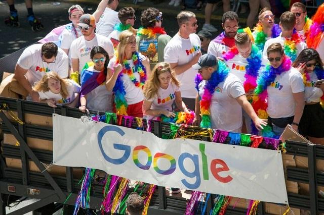 Компания Google запретила использовать свою символику на гей-парадах