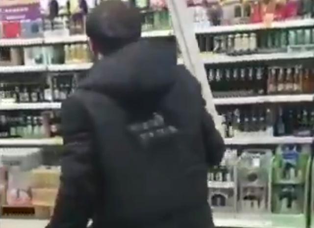 Сезон охоты в продуктовом магазине