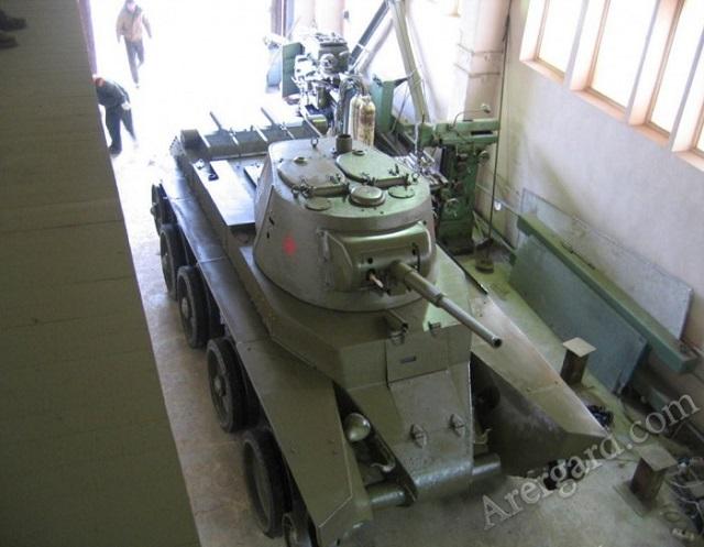 Найденный в Новгородской области танк БТ–7 вернули к жизни (12 фото)