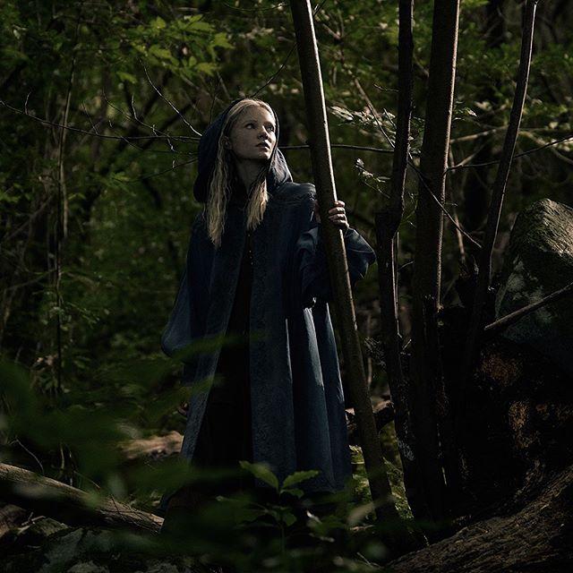 """Netflix опубликовал промо-постеры """"Ведьмака"""" (8 фото)"""