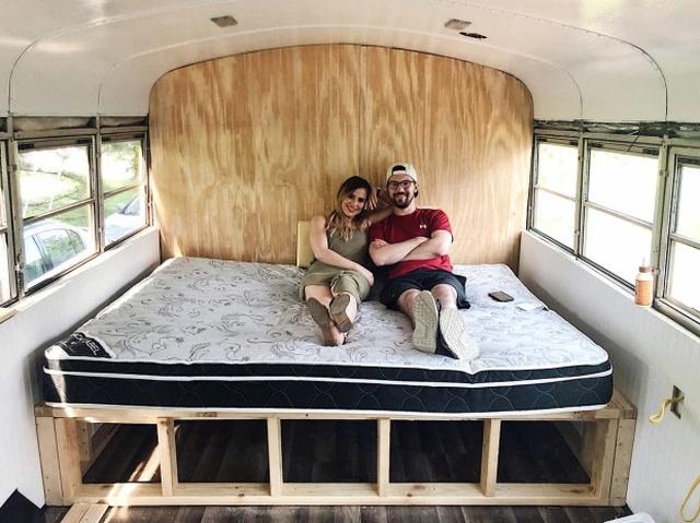 Пара уволилась с работы и отправилась путешествовать (17 фото)