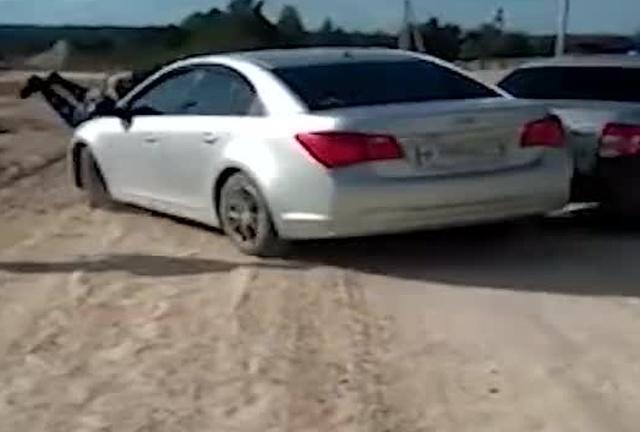 Пьяная женщина за рулем против ДПС