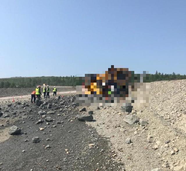 У БелАЗа отказали тормоза (4 фото + видео)