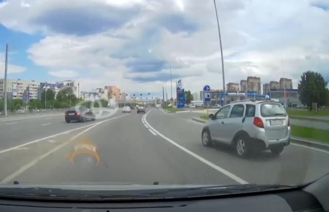 """Авария двух """"достойных"""" участников дорожного движения"""