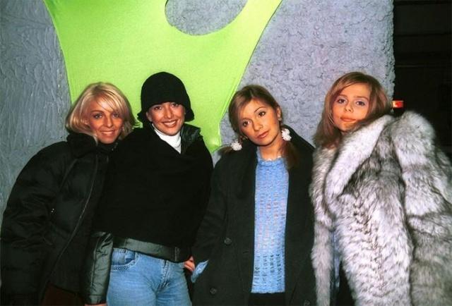 Знаменитости в 90-е годы (25 фото)