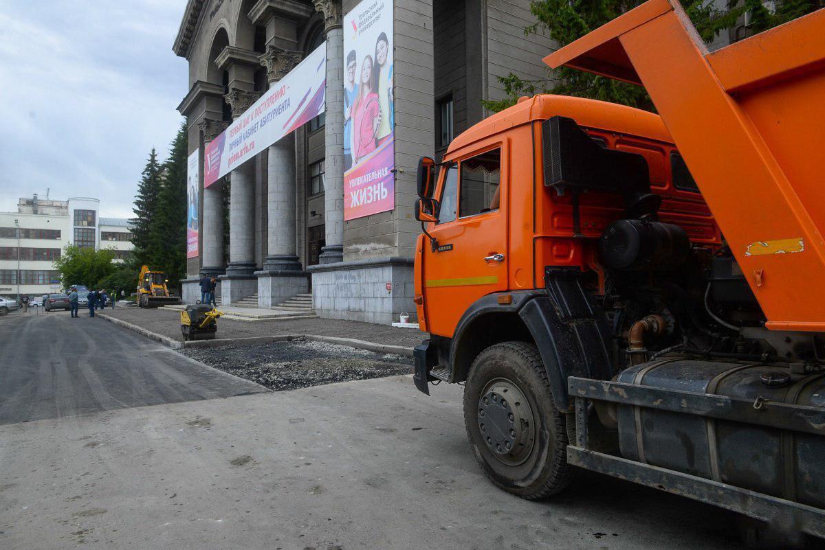 Подготовка к приезду Владимира Путина в Екатеринбург прошла успешно (8 фото)