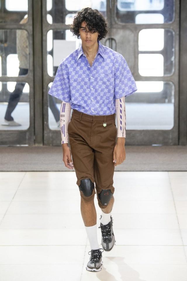"""Мода, пожалуйста прекрати! На лондонской Неделе моды на подиум вышли """"беременные мужчины"""" (17 фото)"""