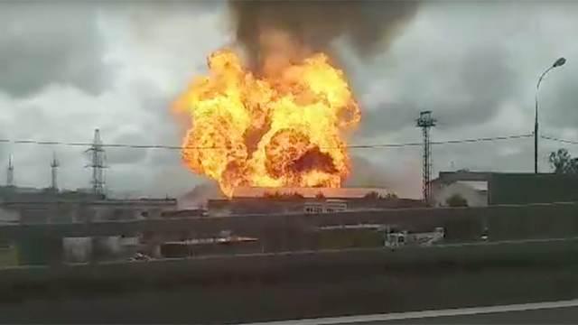 В Московской области горит Северная ТЭЦ (4 фото + видео)
