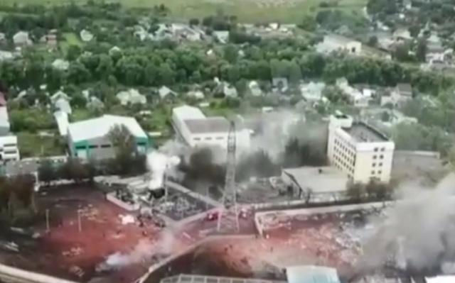 Как выглядит место пожара на ТЭЦ в Мытищах (2 видео)