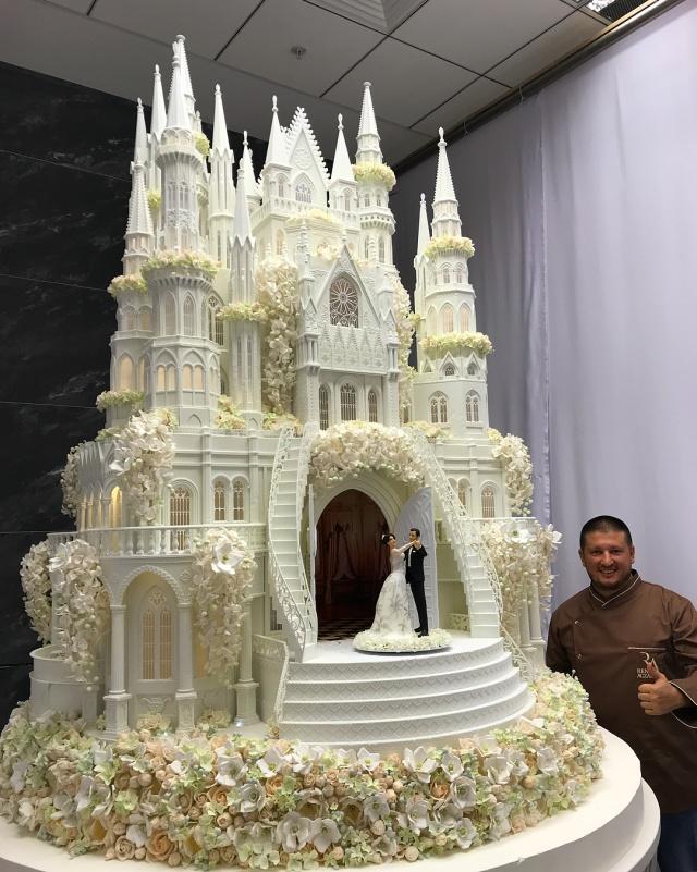 Как роскошный замок (4 фото + видео)