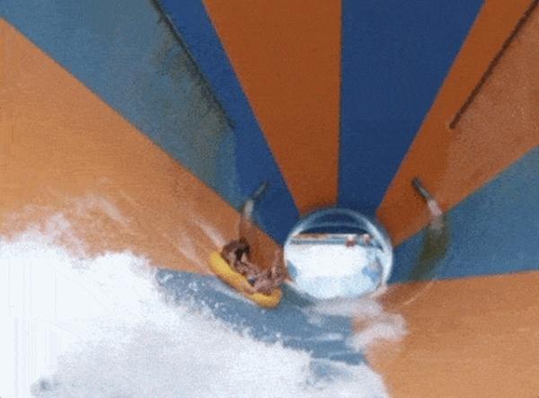 Лето. Водные горки. Фейлы (17 гифок)