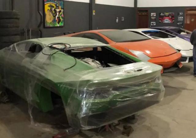 В Бразилии полиция обнаружила фабрику по производству поддельных Ferrari и Lamborghini (10 фото)