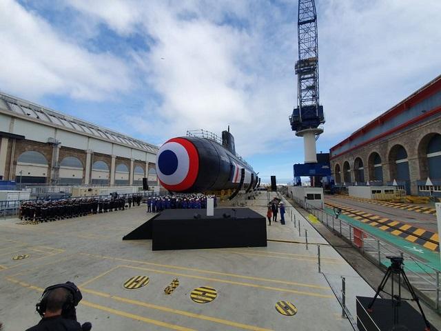 """Новая бесшумная атомная подлодка Suffren, которую проектировщик сравнил с """"креветкой"""" (5 фото + видео)"""
