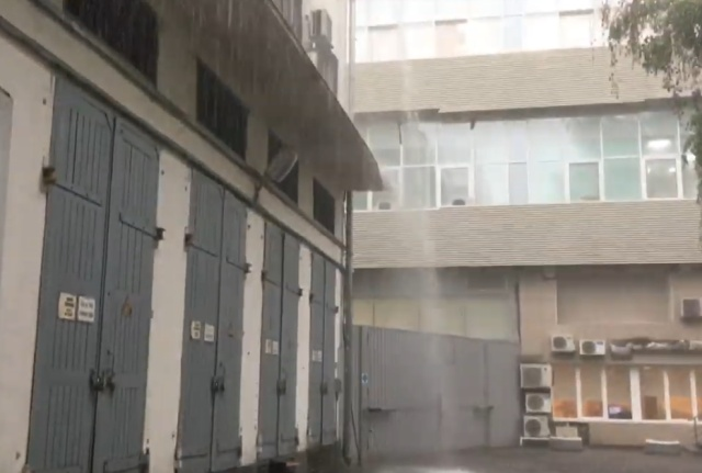 """Июльский """"дождик"""" в Москве"""