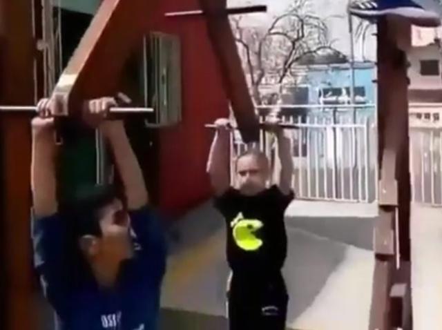 Суровая детская площадка?