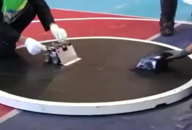 Молниеносное завершение битвы роботов