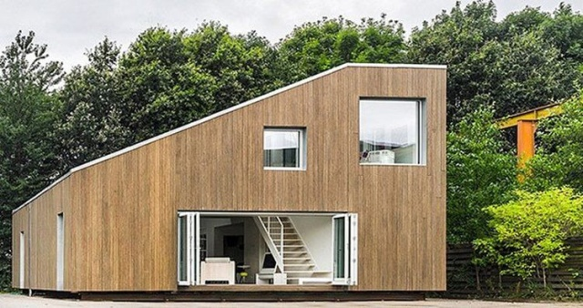 Современный и стильный дом из контейнеров (12 фото)
