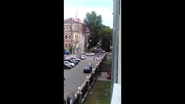 """За день в Самаре появилось 2 новых """"фонтана"""" (3 видео)"""
