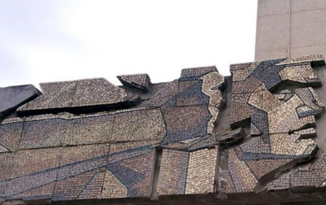 Пример современной реставрации из Казани (2 фото)