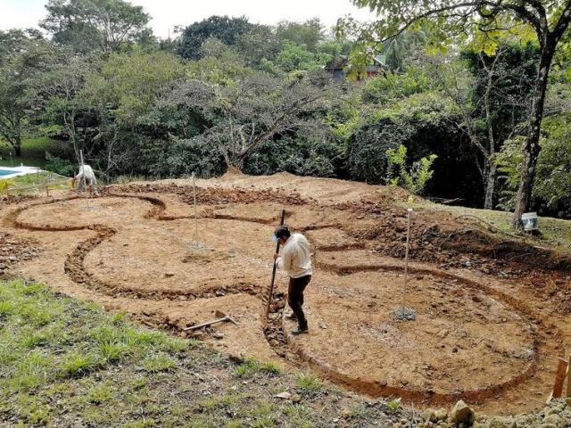 Дом в Коста-Рике из цемента и средства для мытья посуды (29 фото)