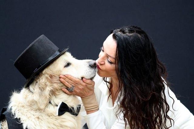 Британская модель собралась выйти замуж за пса, поскольку разочаровалась в мужчинах (7 фото)