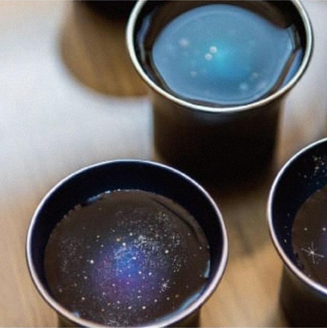 """Целая """"галактика"""" в чашке (11 фото)"""