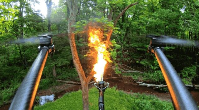 Дроны, оснащенные огнеметом (9 гифок)